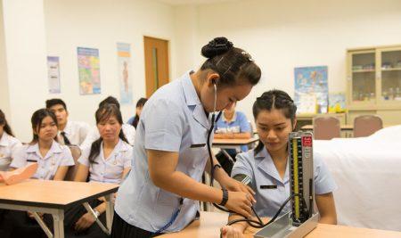 รับสมัครหลักสูตรฝึกอบรม การดูแลสุขภาพผู้สูงอายุ